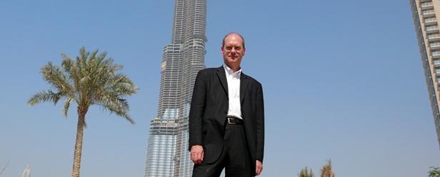 """سلسلة مشاهير الهندسة """"William F. Baker"""" مطور النواة الداعمة في برج خليفة"""