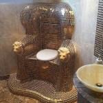 حمام بديكور فرعوني!